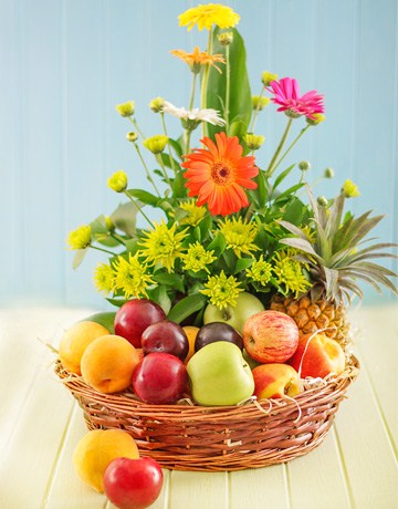 Fruit And Flower Basket Gift To Lusaka Zambia Send